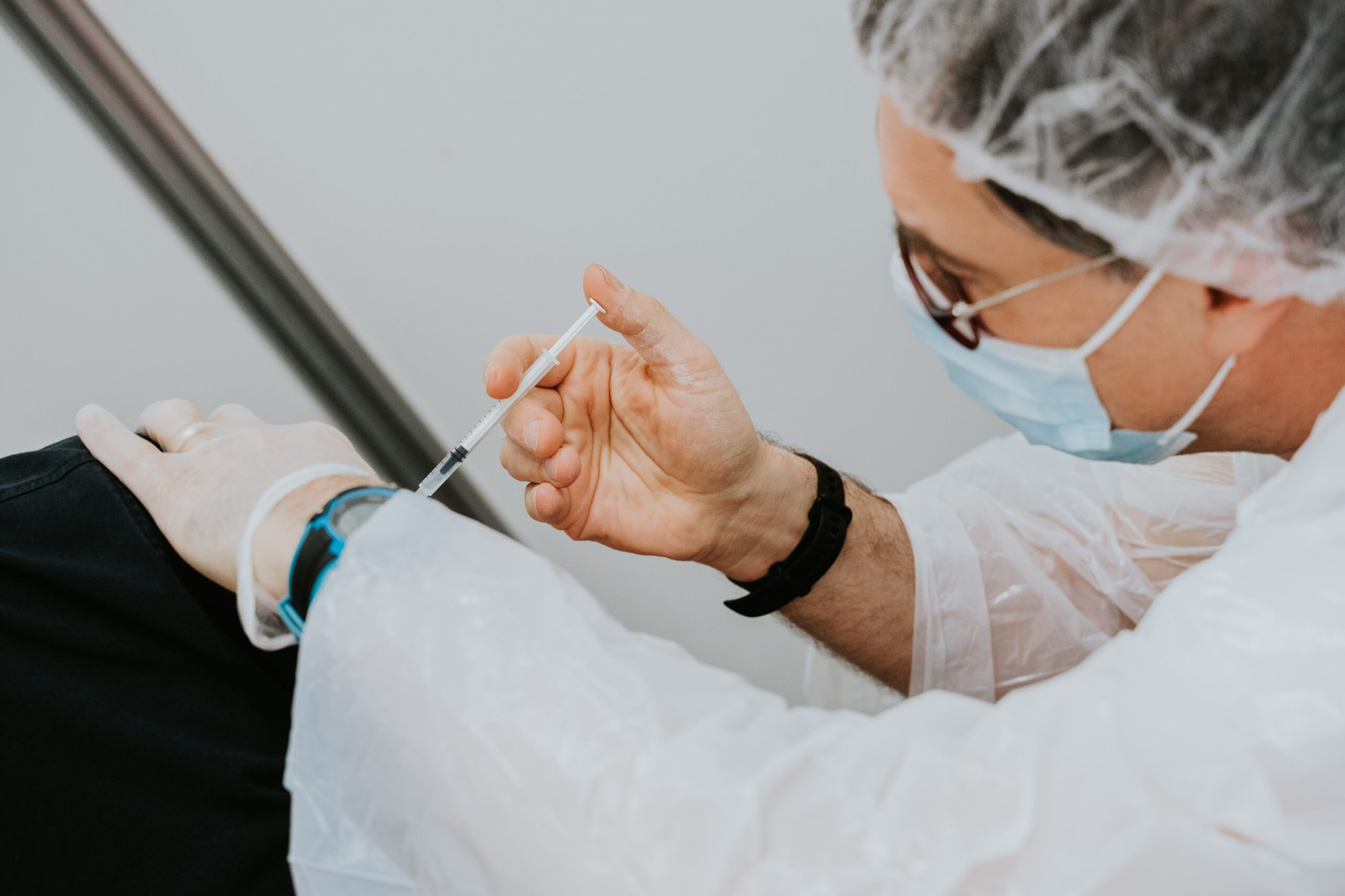 Why and how to choose a COVID-19 vaccine scheduling solution?